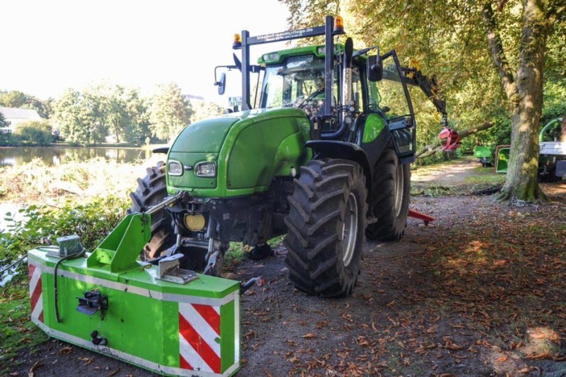 Traktor mit Frontlader